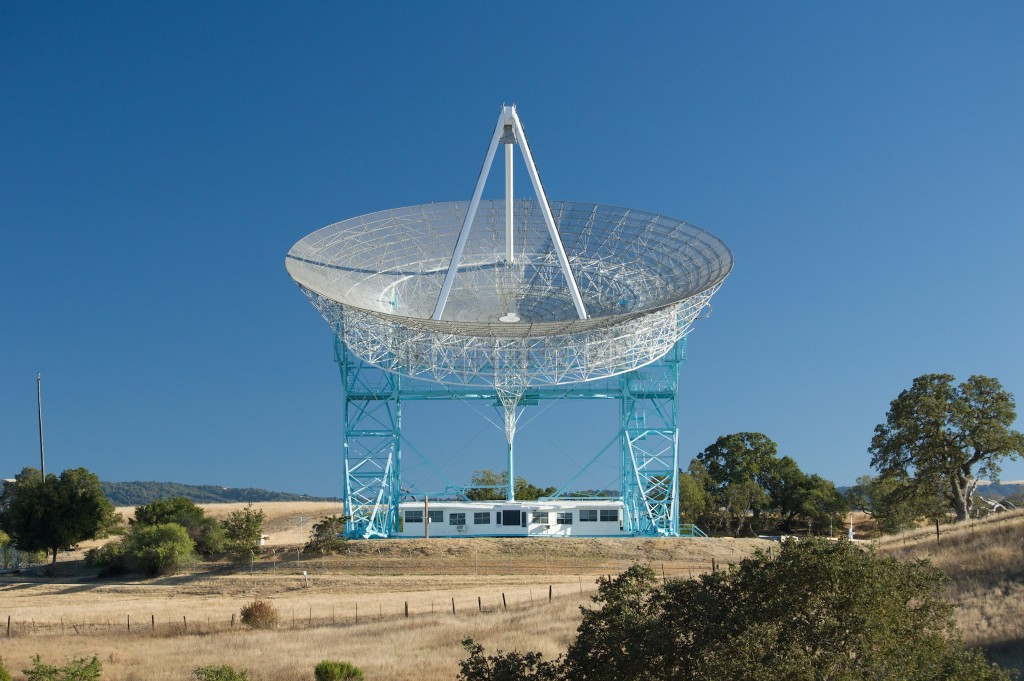 "Stanford Dish with polarising filter switch to ""on"""